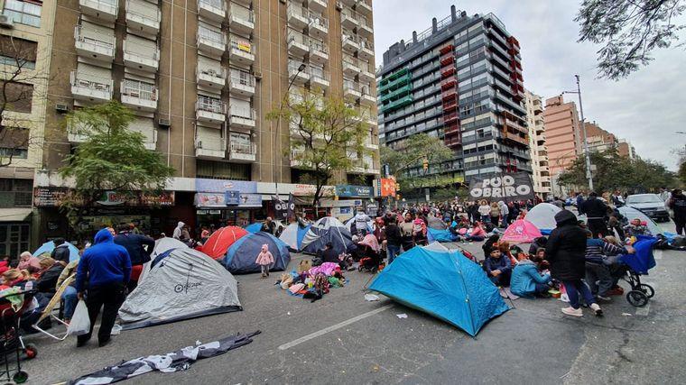 FOTO: Organizaciones sociales coparon la avenida 9 de Julio.
