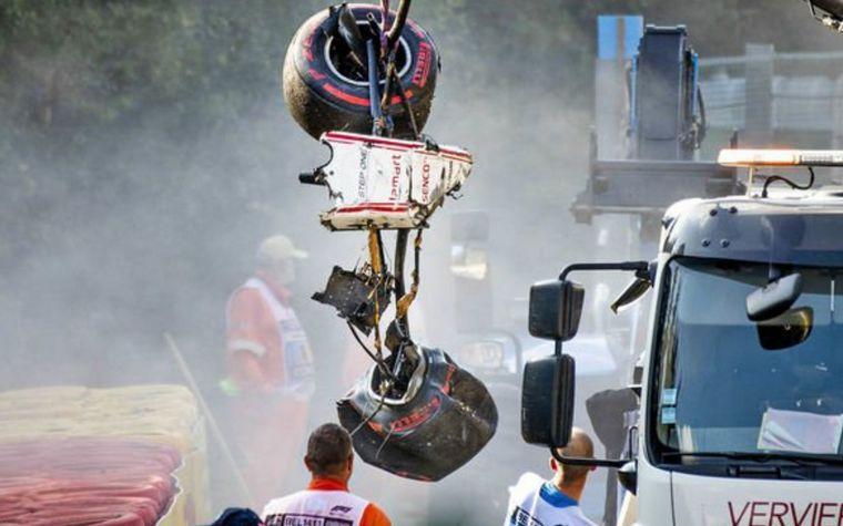 Empeora el estado del piloto herido en F2 Juan Manuel Correa