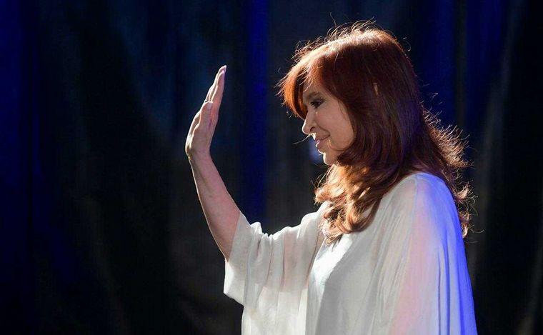 """FOTO: Cristina Fernández presentó """"Sinceramente"""" en Misiones"""