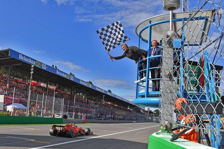 FOTO: Fue una gran carrera de Leclerc para ganar en el Gran Premio de Italia