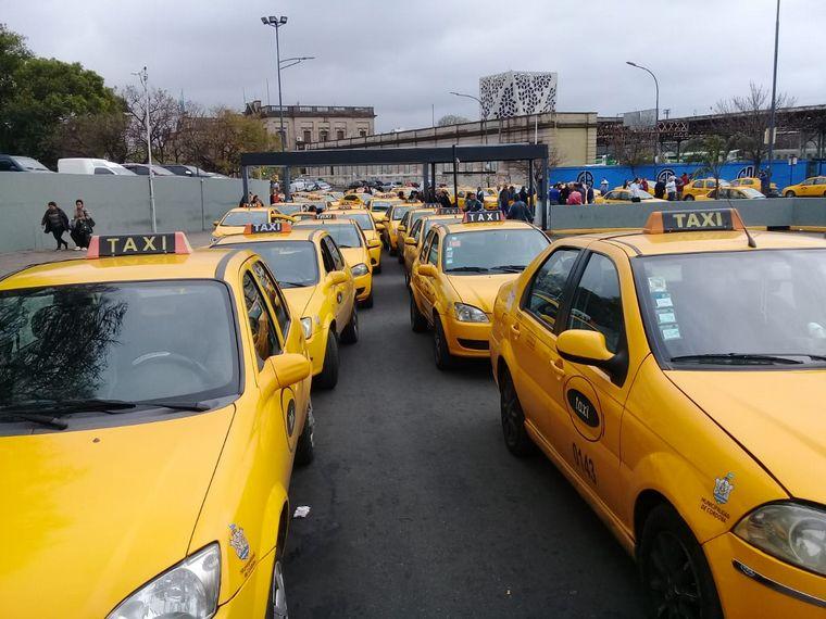 FOTO: Los taxis aumentan desde este viernes.
