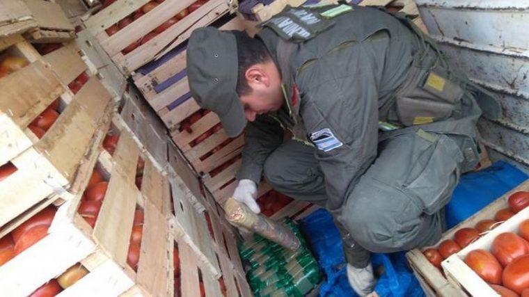 AUDIO: Trasladaban 400 kilos de cocaína entre tomates y berenjenas (por Elisa Zamora)