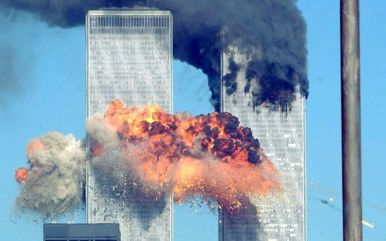 Publican fotos inéditas del ataque a las Torres Gemelas