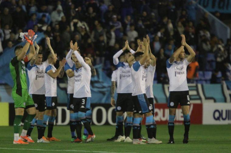 FOTO: Belgrano celebra el segundo gol ante Temperley.
