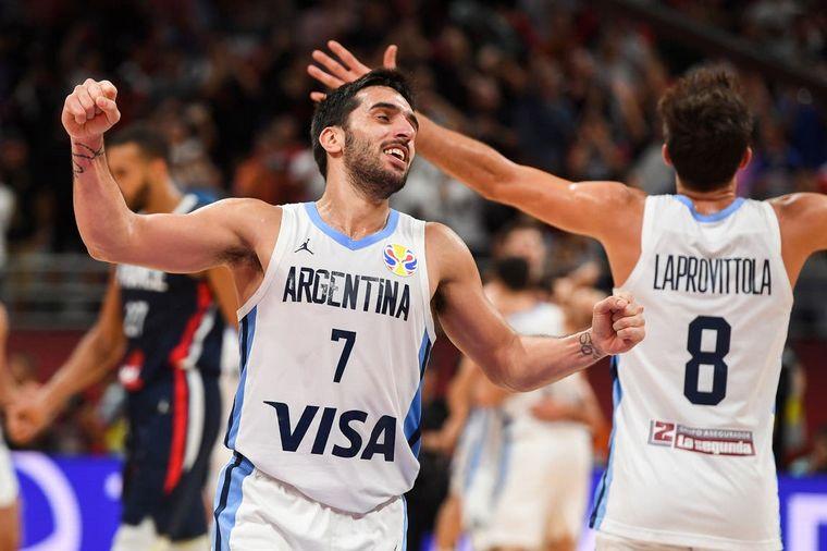 FOTO: Luis Scola fue la clave del equipo argentino con 28 puntos.
