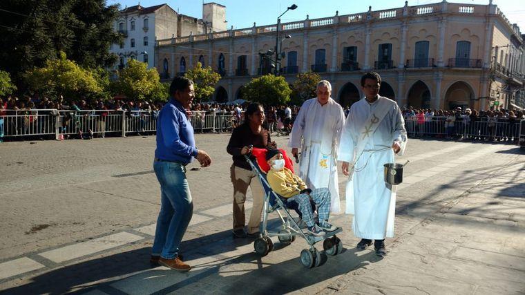 FOTO: Recepción en la Catedral de Salta.