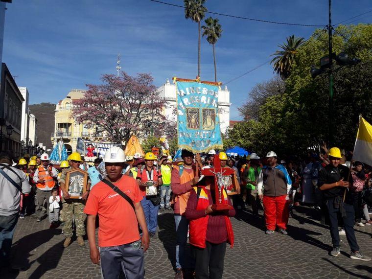 FOTO: Los peregrinos llegaron a la capital salteña.