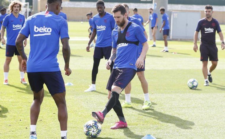 FOTO: Messi volvió a las prácticas