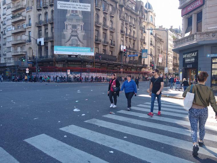 AUDIO: Organizaciones sociales se manifiestan frente al Congreso