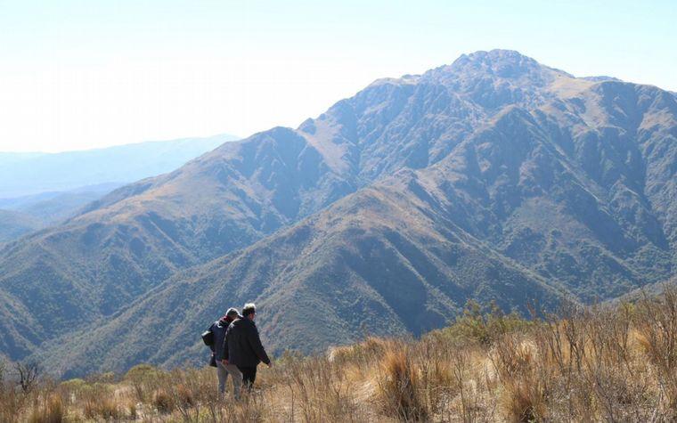 Clausuran el ingreso al cerro Uritorco por millonaria deuda - Noticias - Cadena 3 Argentina