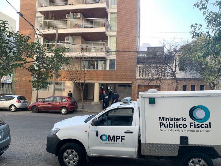 AUDIO: Un hombre fue hallado muerto en su departamento de Córdoba