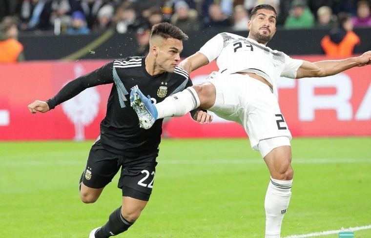 FOTO: La Selección mostró dos caras en Dortmund.