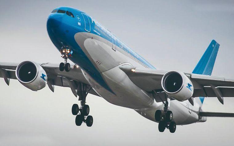 AUDIO: Odisea en un vuelo de Aerolíneas Argentinas (Omar, pasajero).