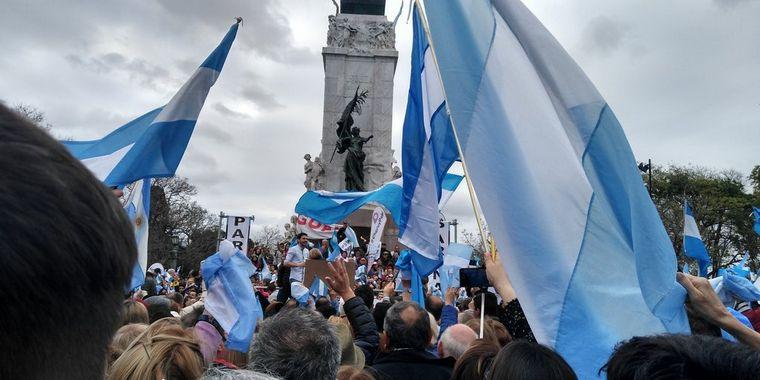 FOTO: El jefe de Estado, en el acto en el Monumento a Urquiza.