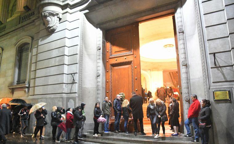 AUDIO: Último adiós a Cacho Castaña en la Legislatura porteña (por Orlando Morales)