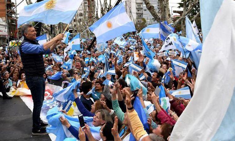 La bendición de un pastor evangelista a Mauricio Macri en Rosario