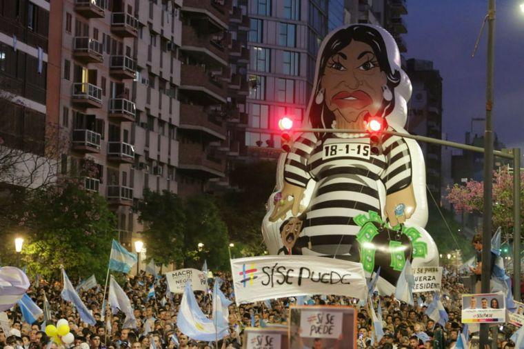 FOTO: Cierre de campaña de Mauricio Macri en Córdoba