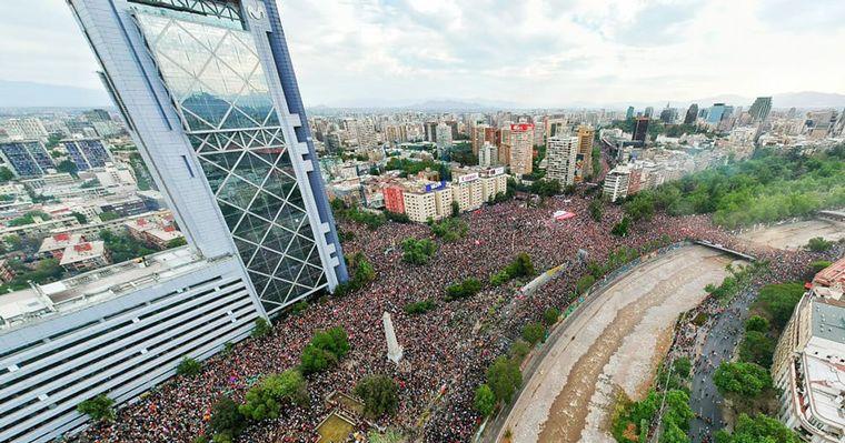 FOTO: Más de un millón de chilenos participaron de la marcha.