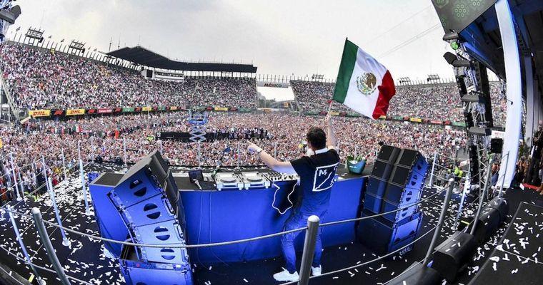 """FOTO: Todas las tribunas del """"Hnos. Rodríguez"""" se completaron"""