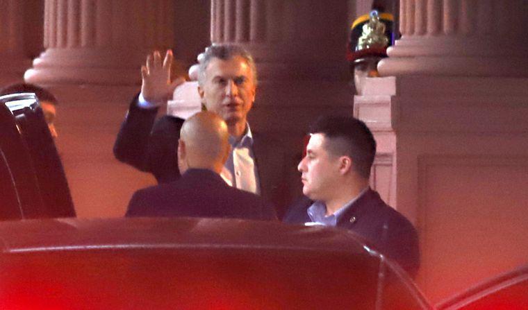 FOTO: Mauricio Macri arribó a la Rosada pasadas las 9,30.