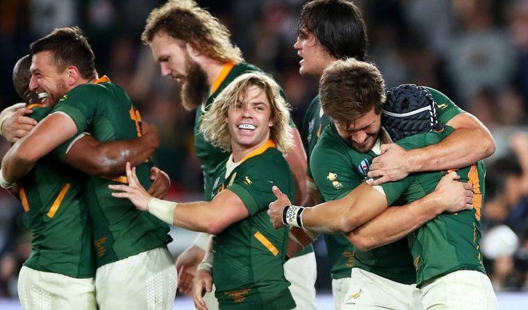 AUDIO: Sudáfrica fue de menor a mayor y se impuso con efectividad ante Inglaterra.