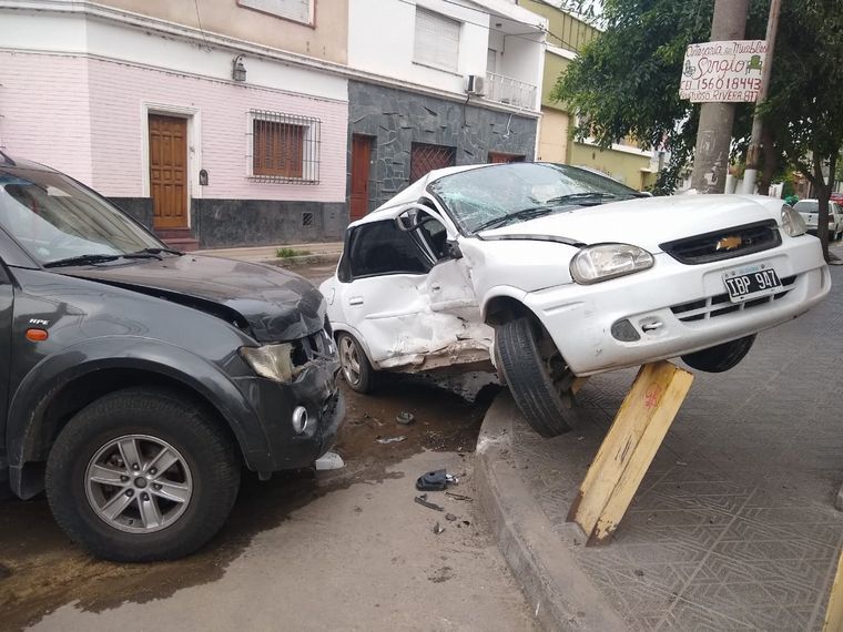 AUDIO: Accidente en barrio Güemes de Córdoba (Por Fernando Barrionuevo).