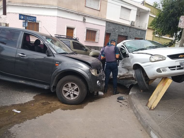 FOTO: Espectacular accidente en barrio Güemes.