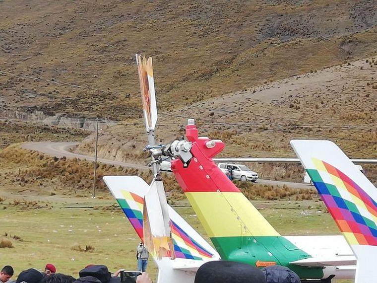 FOTO: El helicóptero que trasladaba a Evo tuvo que aterrizar de emergencia.