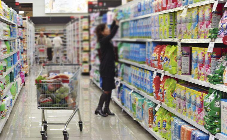 Prevén una inflación de 42,2% y una caída del PBI del 1,6%