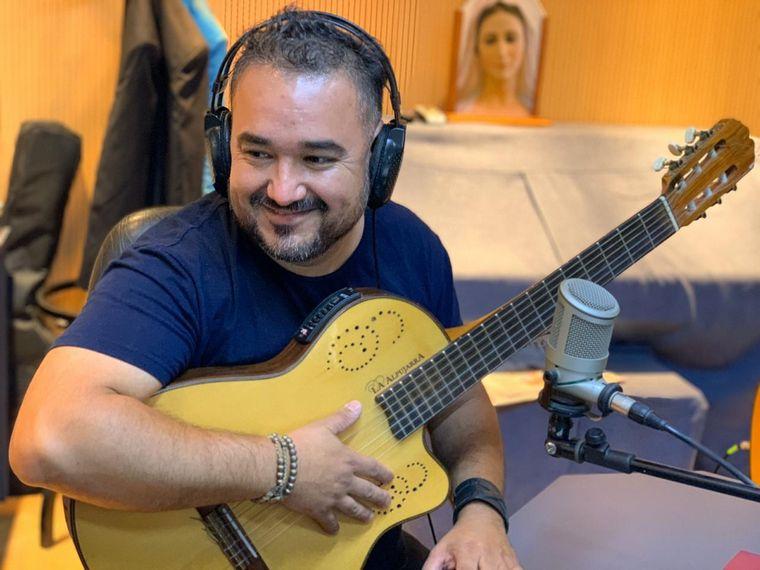 AUDIO: Los Trajinantes presentaron su nuevo disco en Viva la radio.