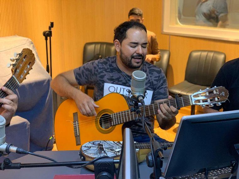 FOTO: Los Trajinantes presentaron su nuevo disco en Viva la radio.