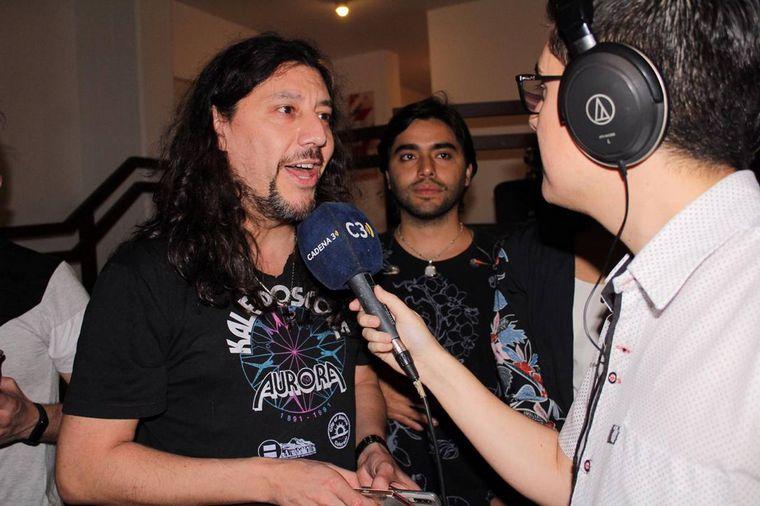 FOTO: Los Nombradores del Alba hablaron con Cadena 3 en la previa de su show.