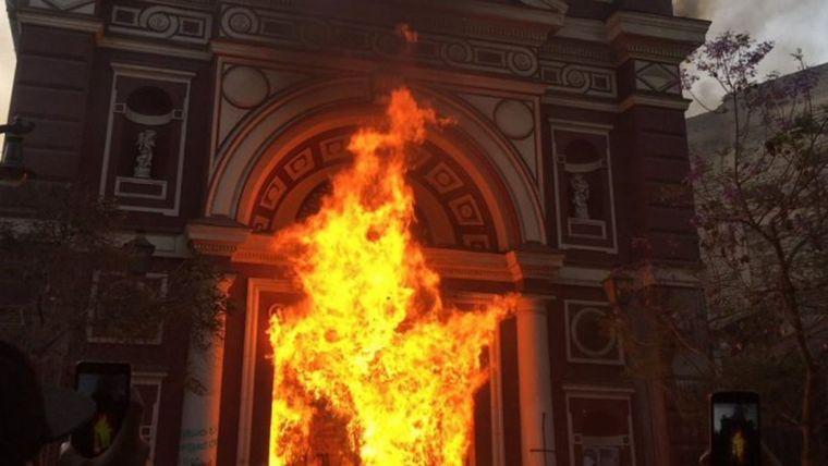 AUDIO: Chile lleva 25 días de protestas (Por Angie Gatica)