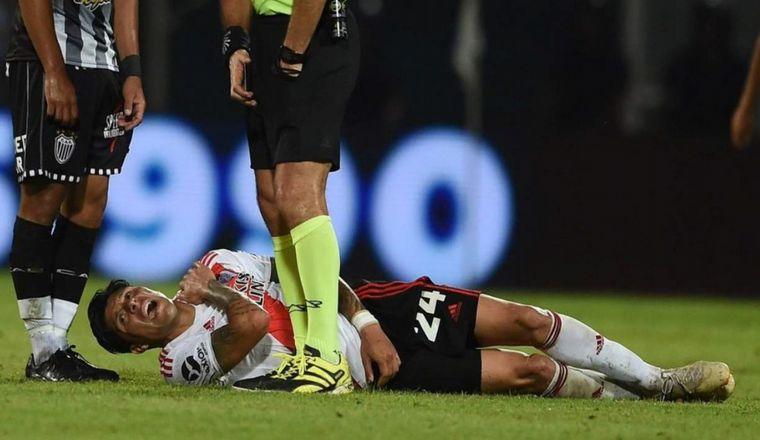 FOTO: Enzo Pérez se lesionó en el partido con Estudiantes de Caseros.