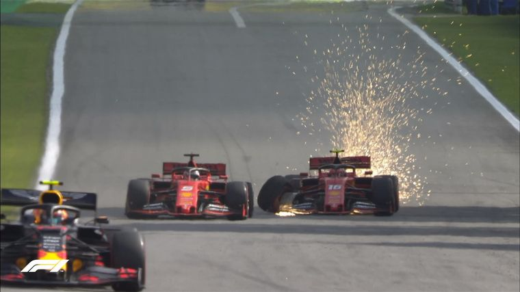 FOTO: El director de Ferrari, Binotto, responsabilizó a sus dos pilotos
