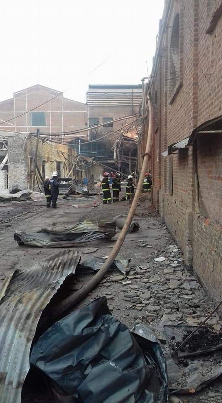 FOTO: Incendio en un ingenio azucarero de Jujuy.