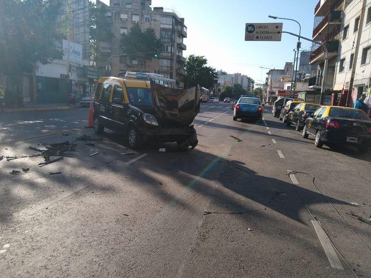 FOTO: Accidente en Villa del Parque: no hay heridos graves.