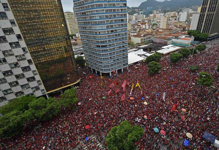 FOTO: El Flamengo copó las calles de Brasil tras salir campeones de la Libertadores.