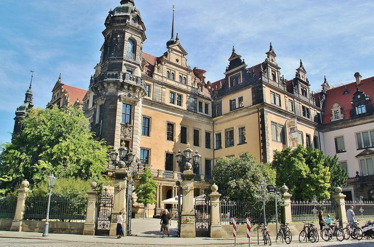 FOTO: El Palacio de Dresde guardaba valiosas joyas de un príncipe legendario.