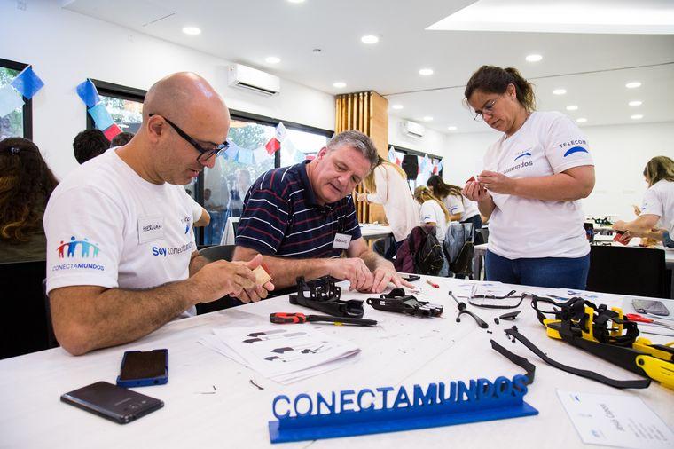 """FOTO: La edición cordobesa del """"Manotón"""" contó con el apoyo de Telecom."""