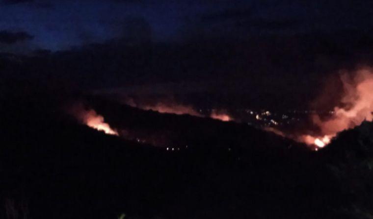 AUDIO: Controlaron el incendio en cercanías de Carlos Paz