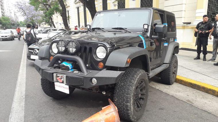FOTO: Autos de alta gama secuestrados