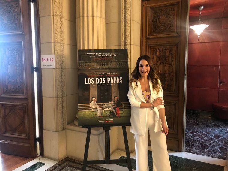 FOTO: Agustina Vivanco en Los dos Papas