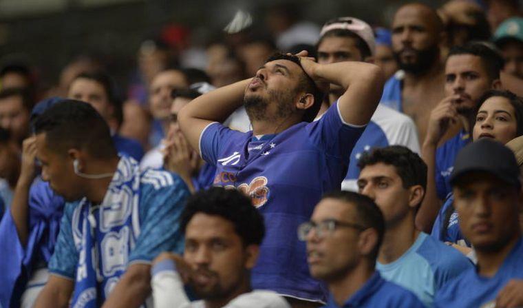 Cruzeiro descendió por primera vez en su historia y hubo incidentes