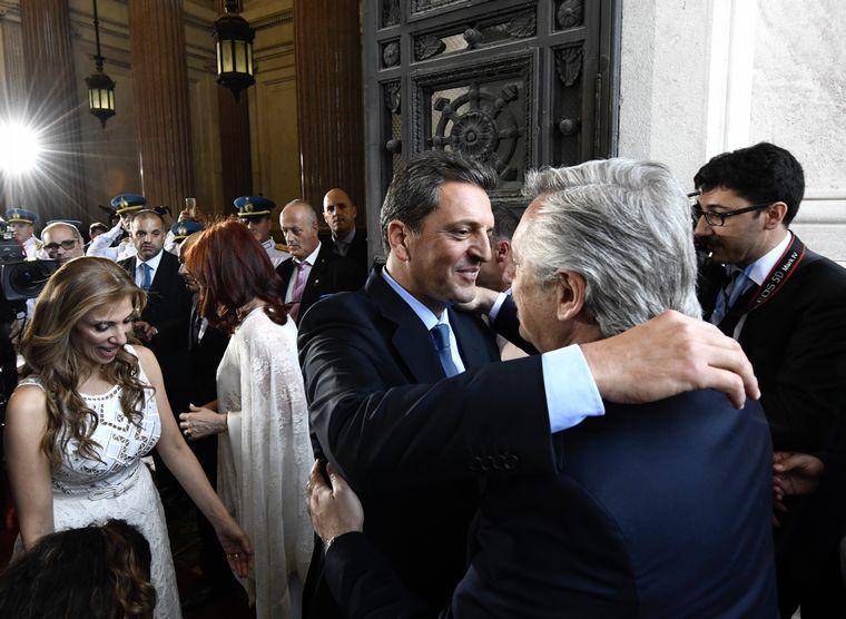 FOTO: Massa recibió a Fernández, Kirchner y Macri