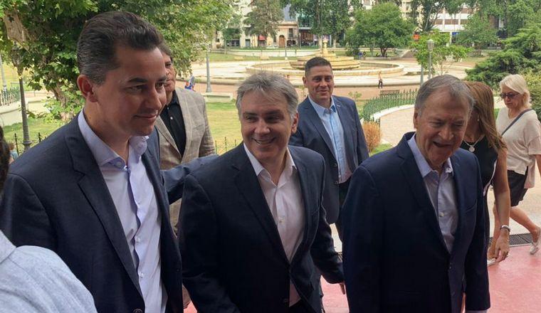 FOTO: Llaryora y Schiaretti, juntos en el Palacio 6 de Julio.