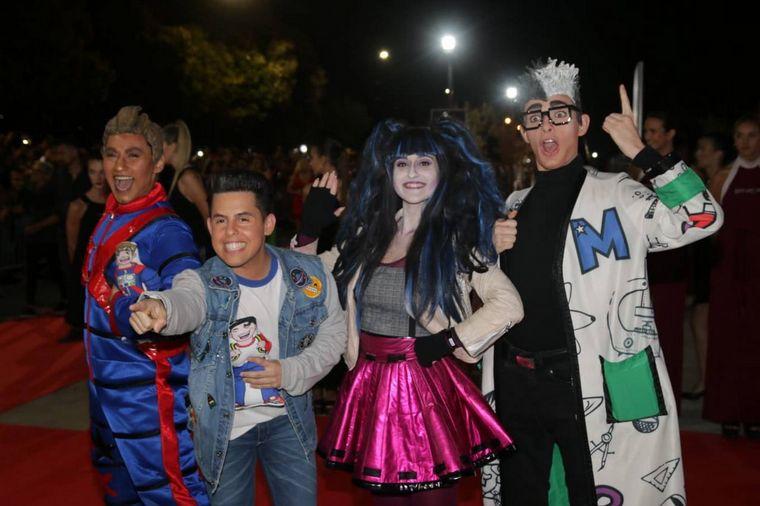 FOTO: La Pasaya Alelí en la apertura de temporada de Carlos Paz