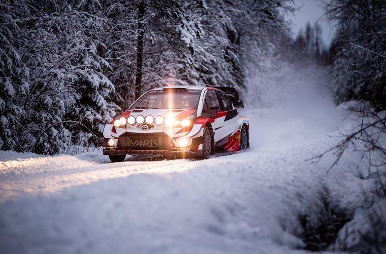 FOTO: Ogier, Evans y Rovanpera rodaron en la nieve con el Yaris