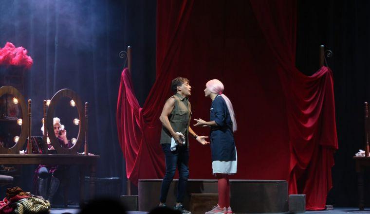 AUDIO: La Queen debutó en Mar del Plata con el burlesque (por Mica Rodríguez).