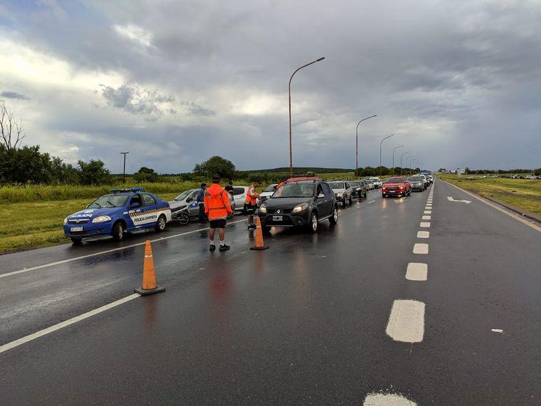 FOTO: Autos varados en Ruta 9 Norte.